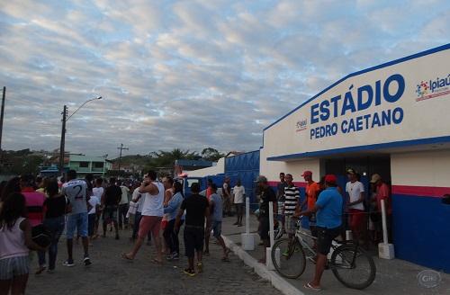 Resultado de imagem para reforma estádio ipiaú souza andrade