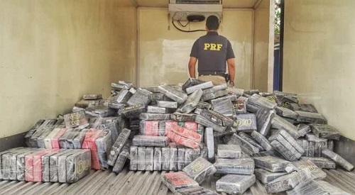 PRF apreende quase 1 tonelada de cocaína em Feira de Santana