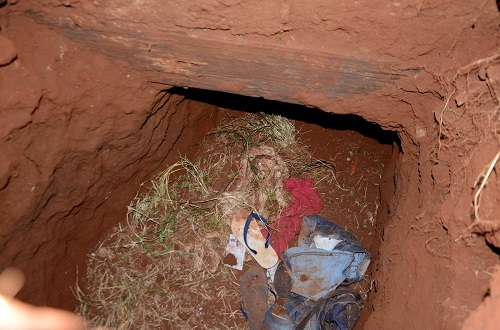 75 presos de facção brasileira fogem por túnel no Paraguai